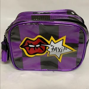 Betseyville Taxi Makeup Bag
